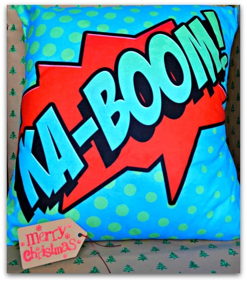 comic-sofa-cushion-from-red-candy