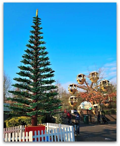 The LEGOland Christmas tree