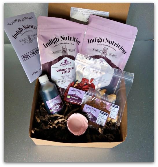 Indigo Chocolate Making Kit Gift Set Contents