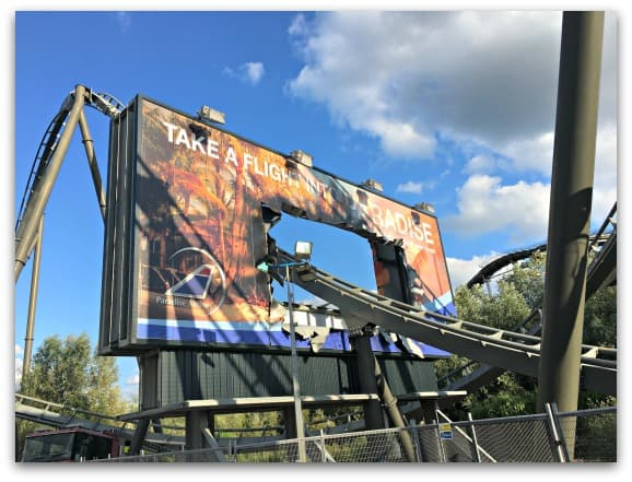 THE SWARM at Thorpe Park  where the scene has been created to look like a disaster scene