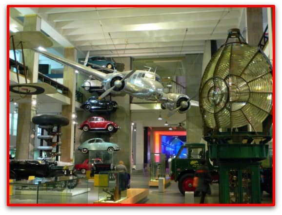 A science museum can be fun for the whole family