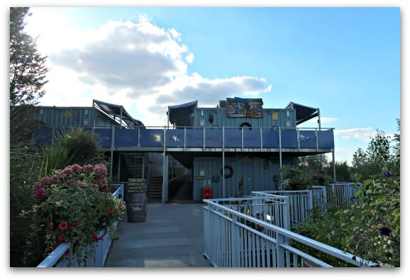 Everything at the Shark Hotel, Thorpe Park has a nautical theme and it makes for an affordable stop over to allow you to make the most of two days in the theme park
