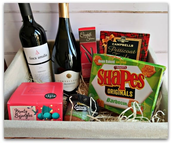 Classic Collection Hamper from Hamper.com