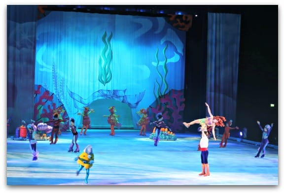 Disney On Ice Worlds of Enchantment The Little Mermaid shows Disney On Ice at its best