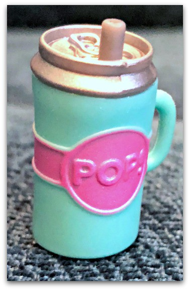 L.O.L. Surprise! Pearl Surprise Drinking Cup