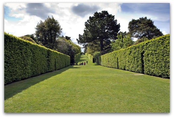 Our Top Spots for a Picnic in the Cotswolds - Hidcote Manor, Chipping Camden